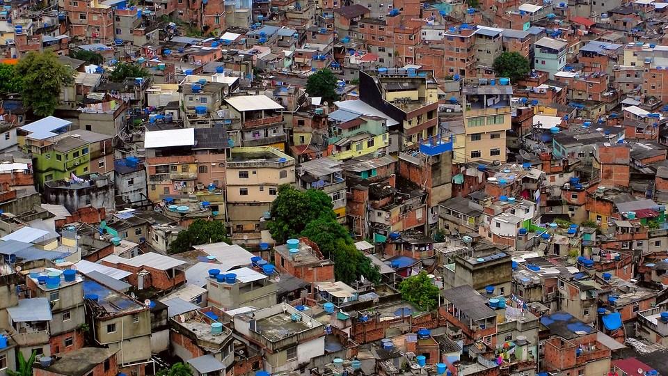 الفقر وسوء الحالة الإقتصادية وعلاقتها بالميكروبات الممرضة