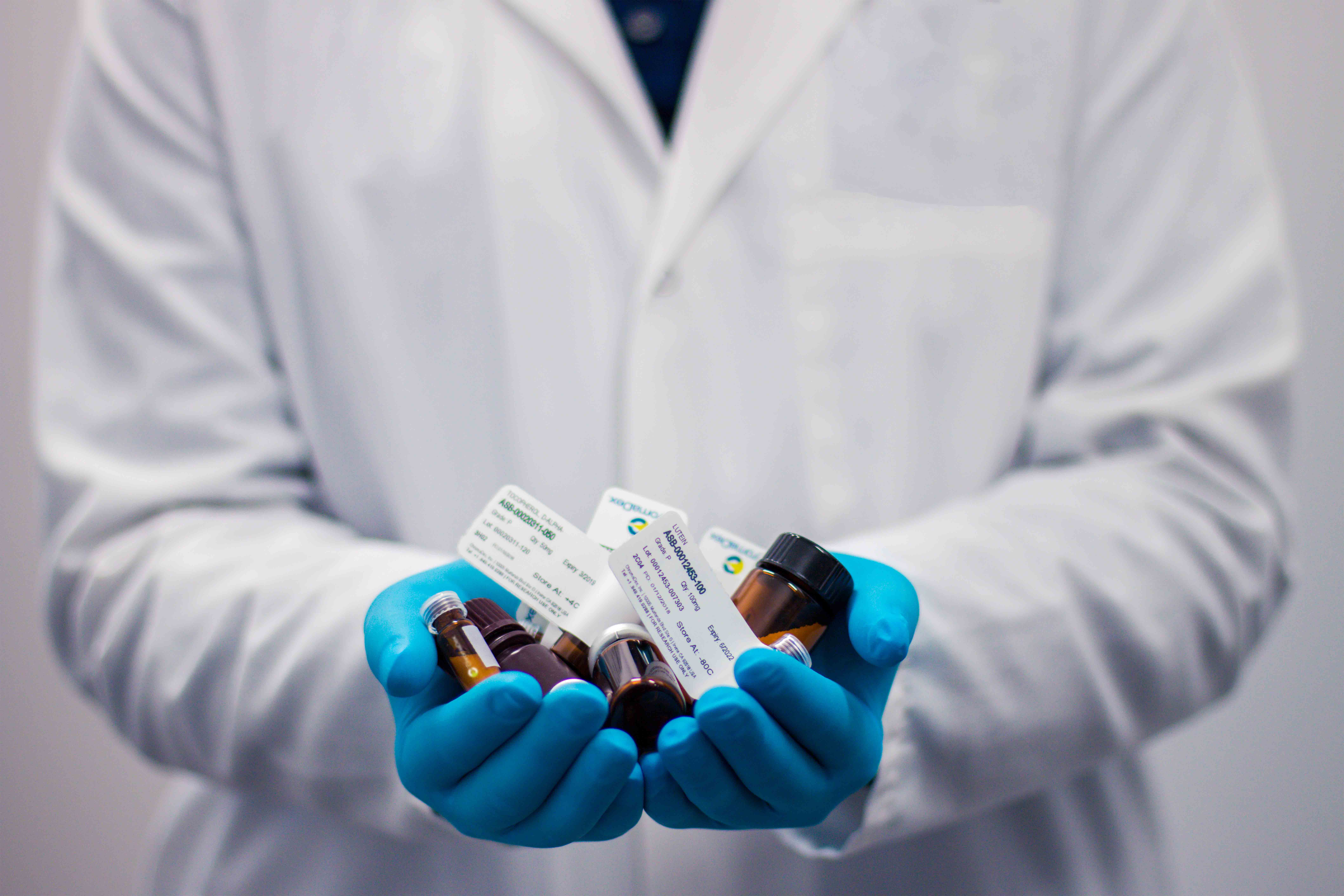 إدارة النفايات الصيدلانية والصناعات الدوائية